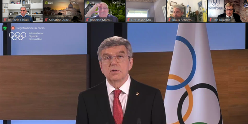 ARISF President Raffaele Chiulli congratulates IOC President Thomas Bach on re-election